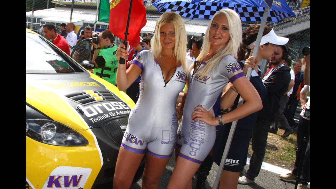 Grid Girls WTCC 2011 Monza