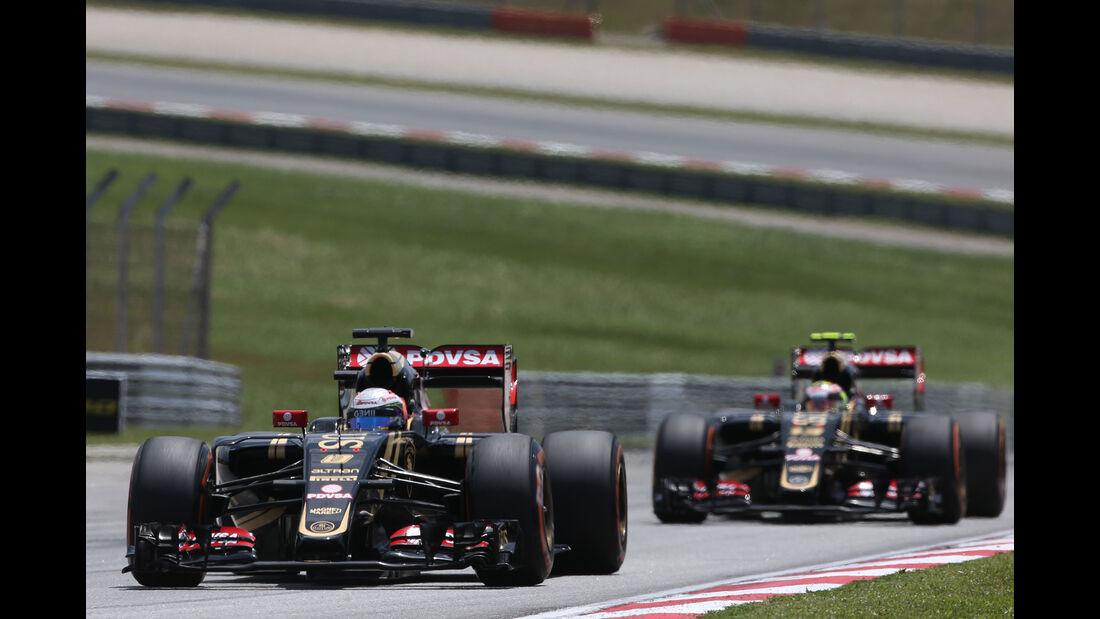Grosjean & Maldonado - Lotus - GP Malaysia 2015