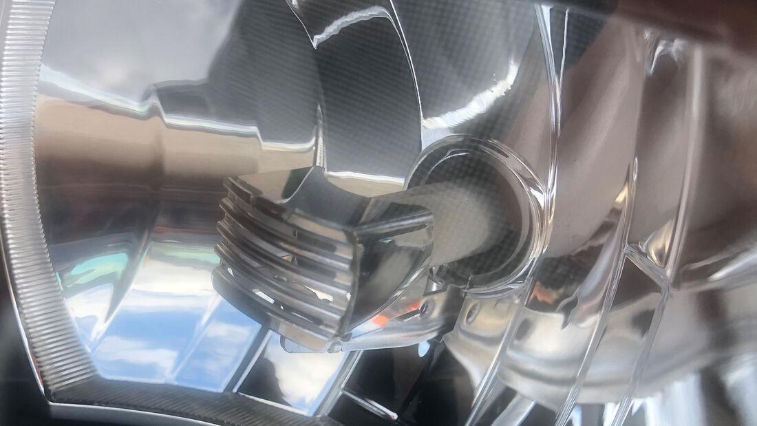 H7-LED-Nachrüstung bei einem Audi A3 (Baureihe 8PA)