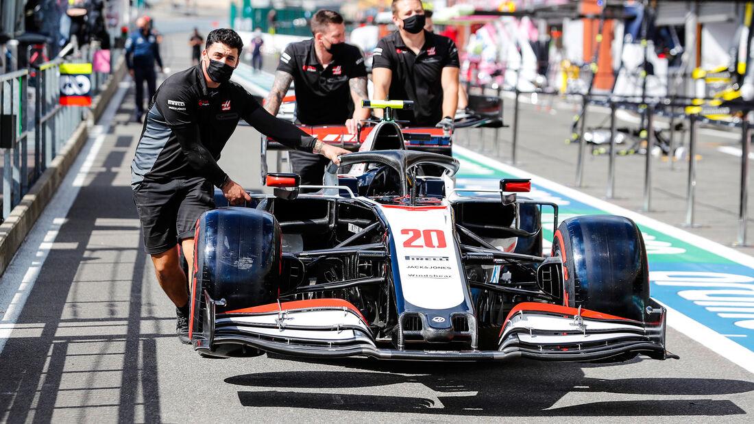 [Imagen: Haas-Formel-1-GP-Belgien-Spa-Francorcham...718203.jpg]