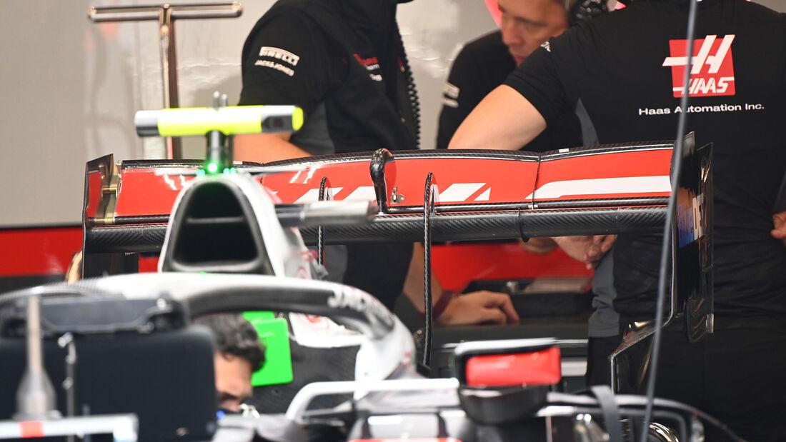 [Imagen: Haas-Formel-1-GP-Belgien-Spa-Francorcham...718204.jpg]