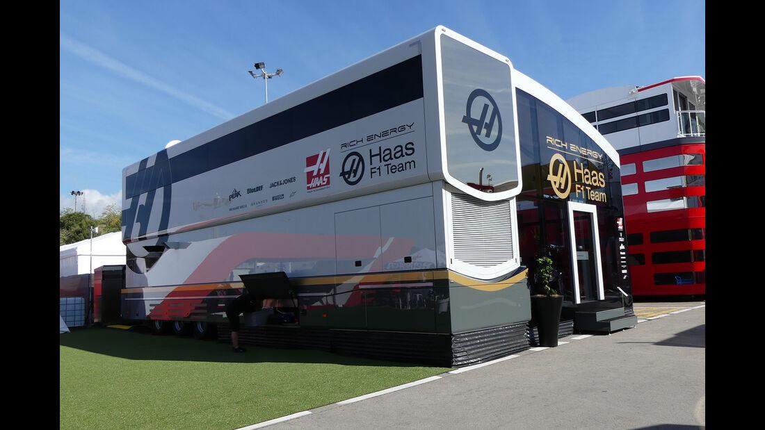 Haas - Motorhomes - Formel 1 - GP Spanien 2019