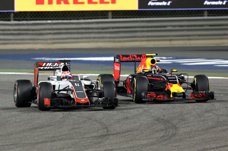 Haas vs Red Bull - GP Bahrain 2016