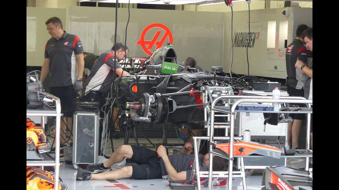 HaasF1 - Formel 1 - GP Bahrain -Sakhir - Donnerstag - 13.4.2017