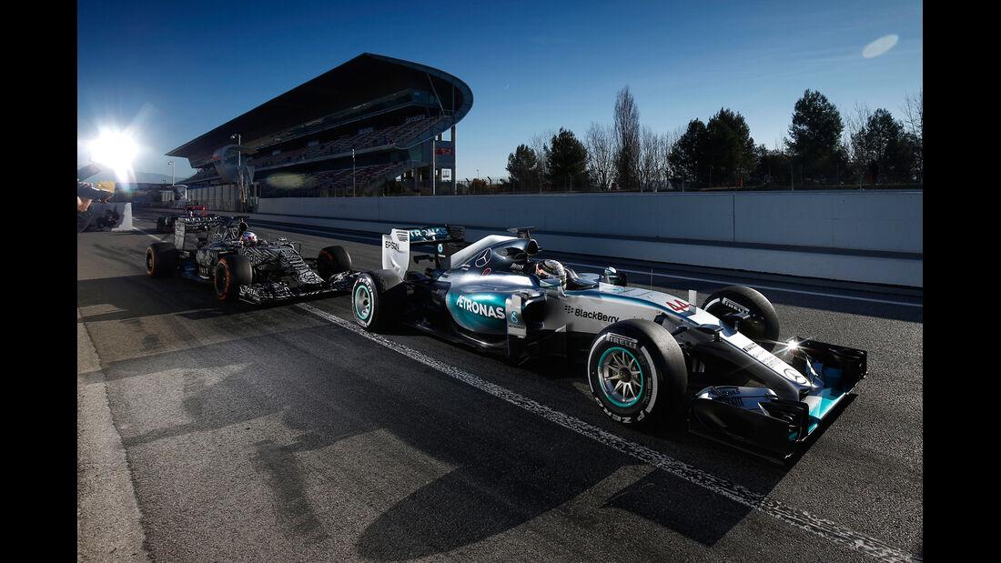 Hamilton - Mercedes - Barcelona Test 2 - 2015