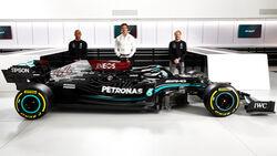 Hamilton - Wolff - Bottas - Mercedes W12