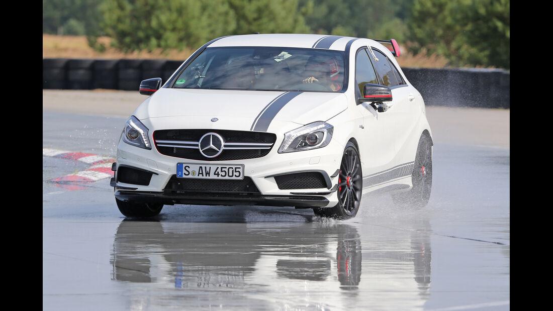 Handlingtest, Mercedes A 45 AMG