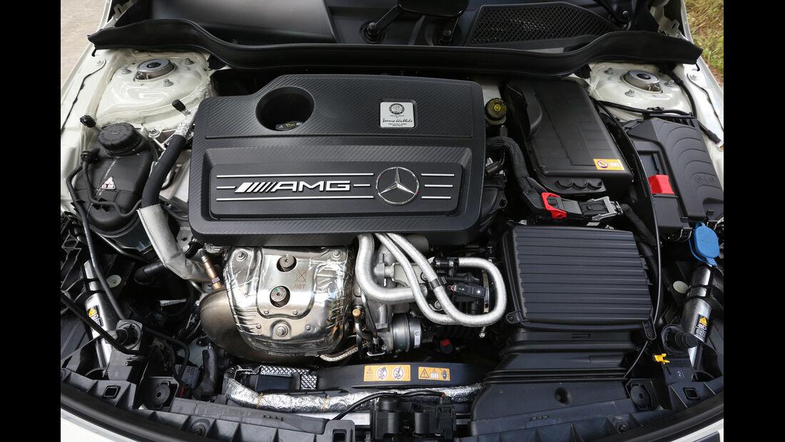 Handlingtest, Mercedes A 45 AMG, Motor