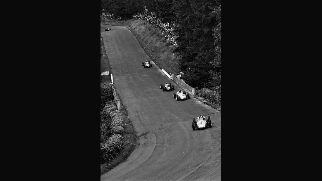 Hans Herrmann - Dan Gurney - Porsche 718 - Graham Hill - B.R.M 48/57 - Wolfgang Graf Berghe von Trips - Ferrari 156 Dino