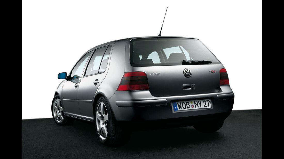 Heckansicht VW Golf IV