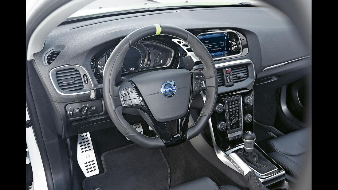 Heico-Volvo V40 T5 HPC, Cockpit