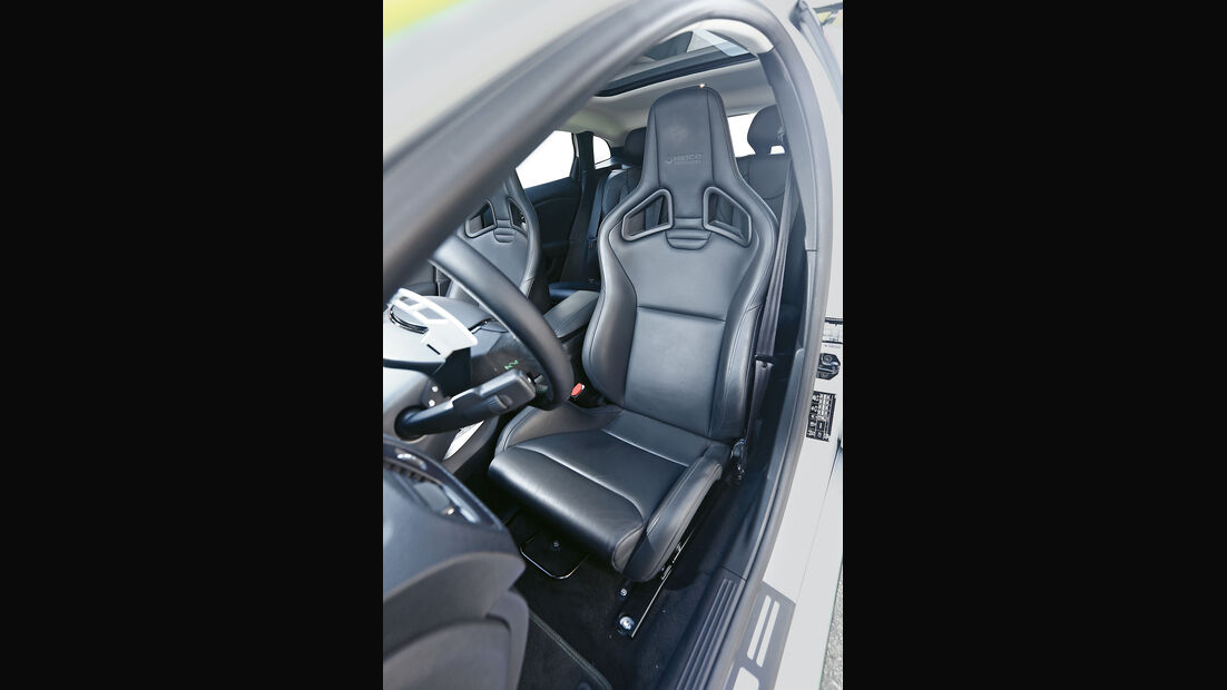 Heico-Volvo V40 T5 HPC, Fahrersitz
