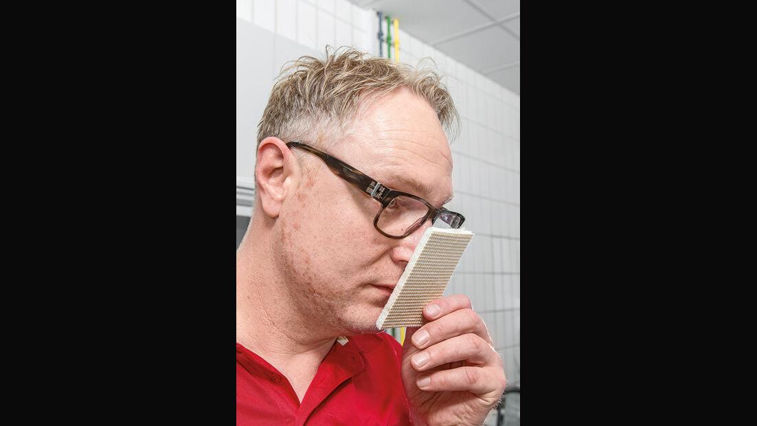Henning Busse, Geruchstest