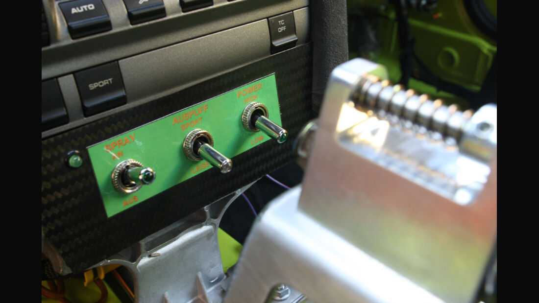 Highspeed-Test, Nardo, ams1511, 391km/h, 9ff Porsche 911 GT3, Detail, Power-Eintsellungen, Hebel