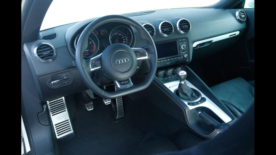 Hohenester-Audi TT RS Stufe II, Cockpit, Lenkrad