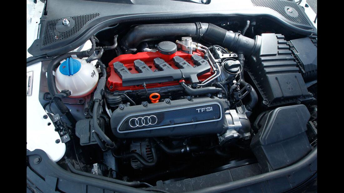 Hohenester-Audi TT RS Stufe II, Motor, Motorraum