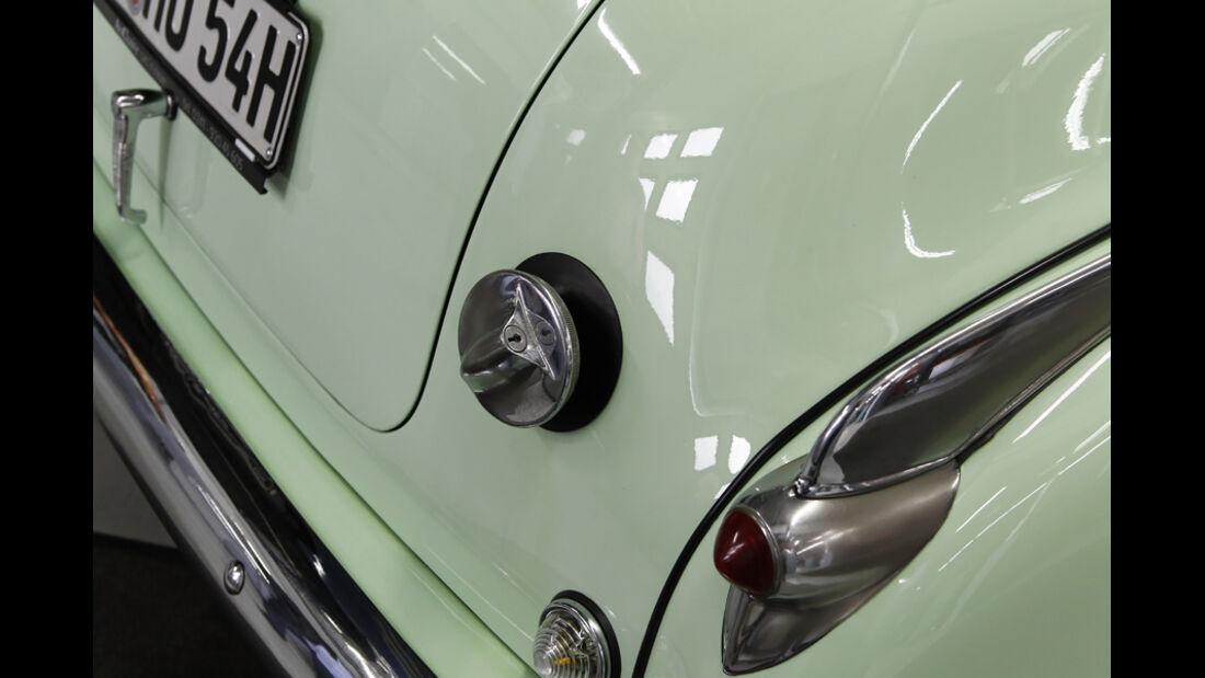 Holden FJ Special Sedan, Rücklicht