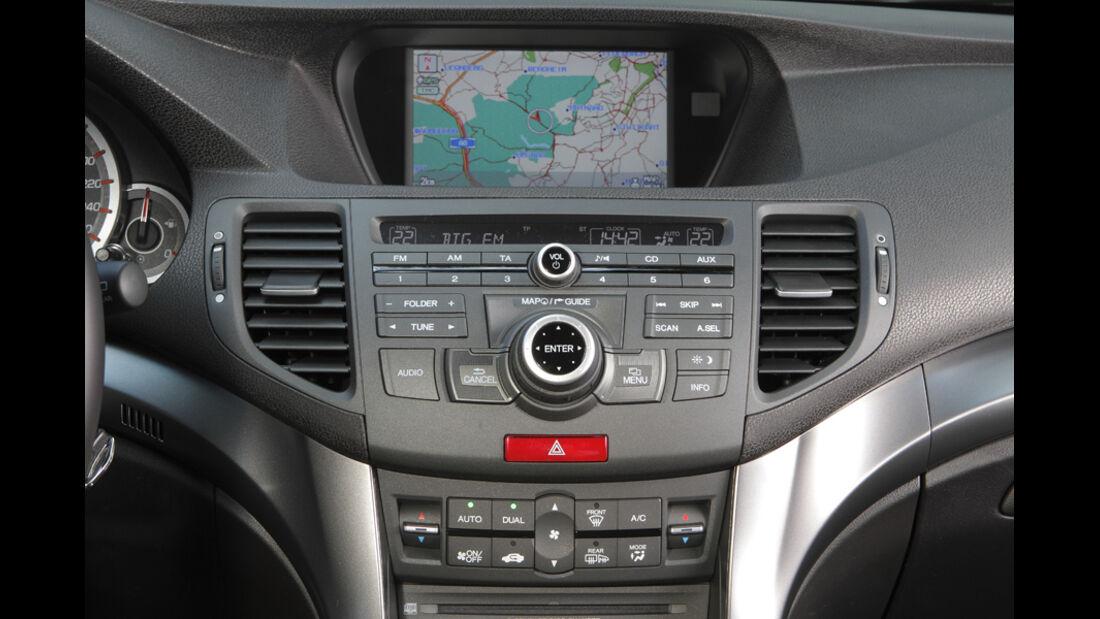 Honda Accord Tourer 2.2i-DTEC 180 Type S, Mittelkonsole