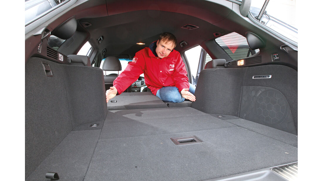 Honda Accord Tourer 2.2i-DTEC, Kofferraum, Ladefläche