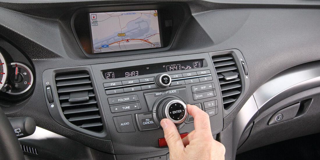 Honda Accord Tourer 2.2i-DTEC, Mittelkonsole, Navi