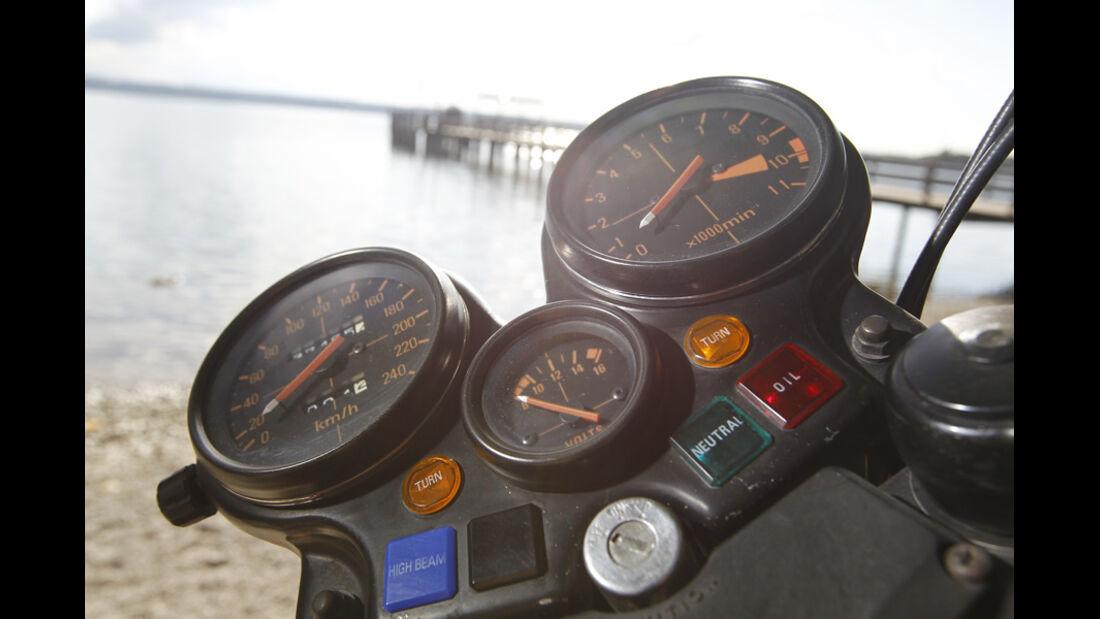Honda CBX 1000, Tacho