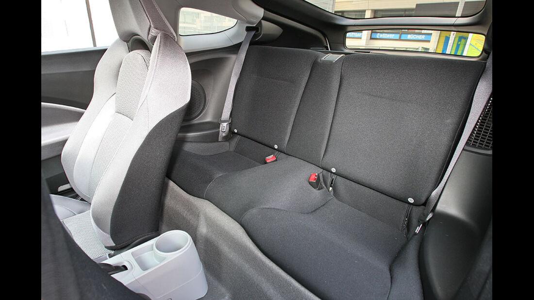 Honda CR-Z, Rückbank