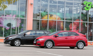 Honda Civic 1.6 i-DTEC, Toyota Auris 2.0 D-4D, Seitenansicht