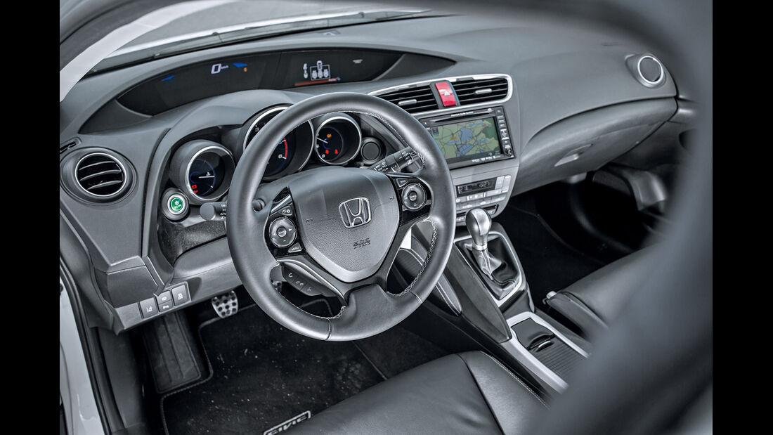 Honda Civic 1.6i-DTEC, Cockpit