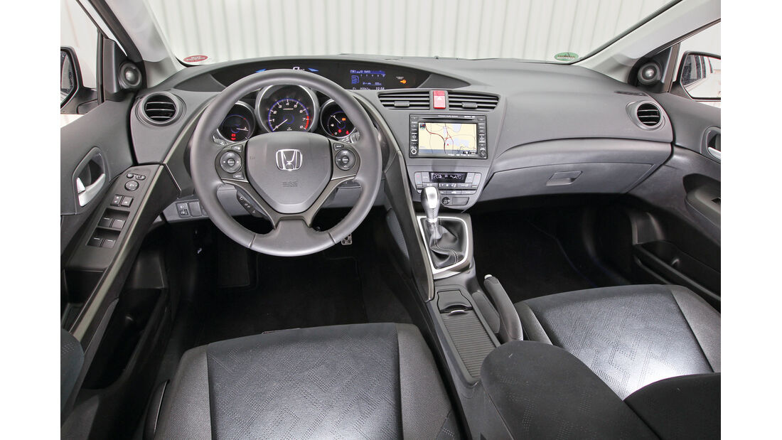 Honda Civic 1.8 i-VTEC Sport, Cockpit