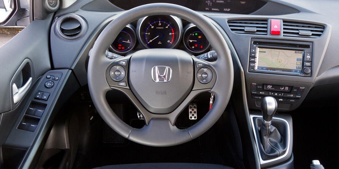 Honda Civic 2.2 i-DTEC, Cockpit, Lenkrad