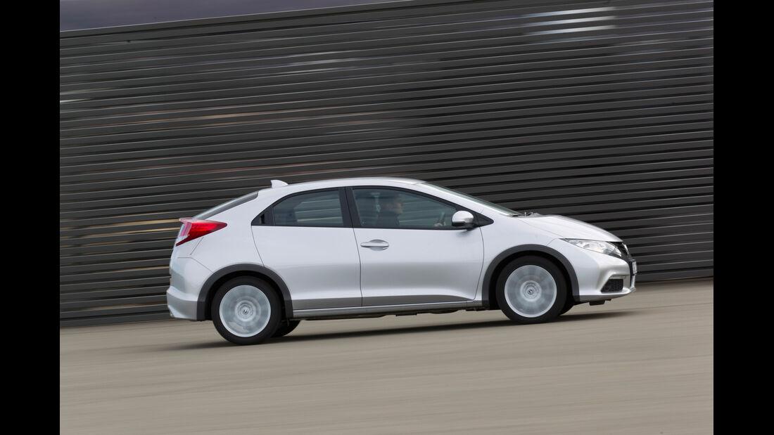 Honda Civic 2.2 i-DTEC, Seitenansicht