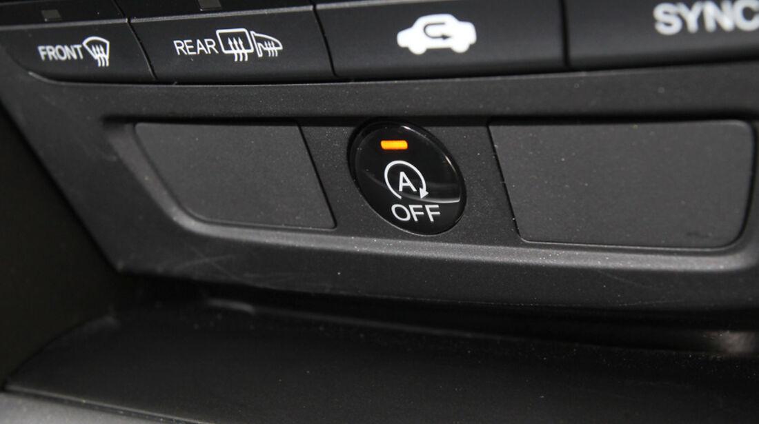 Honda Civic 2.2i-DTEC, Bedienelemente