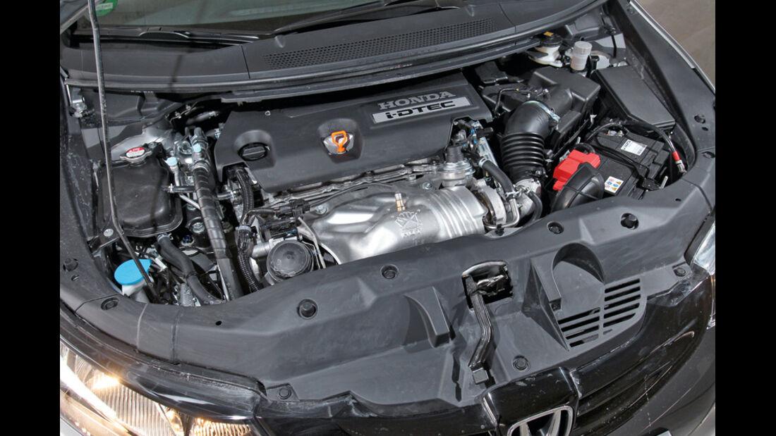 Honda Civic 2.2i-DTEC, Motor