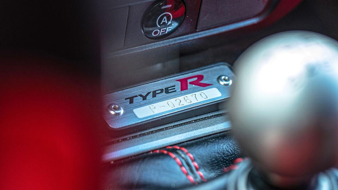 Honda Civic Type R FK2, Plakette