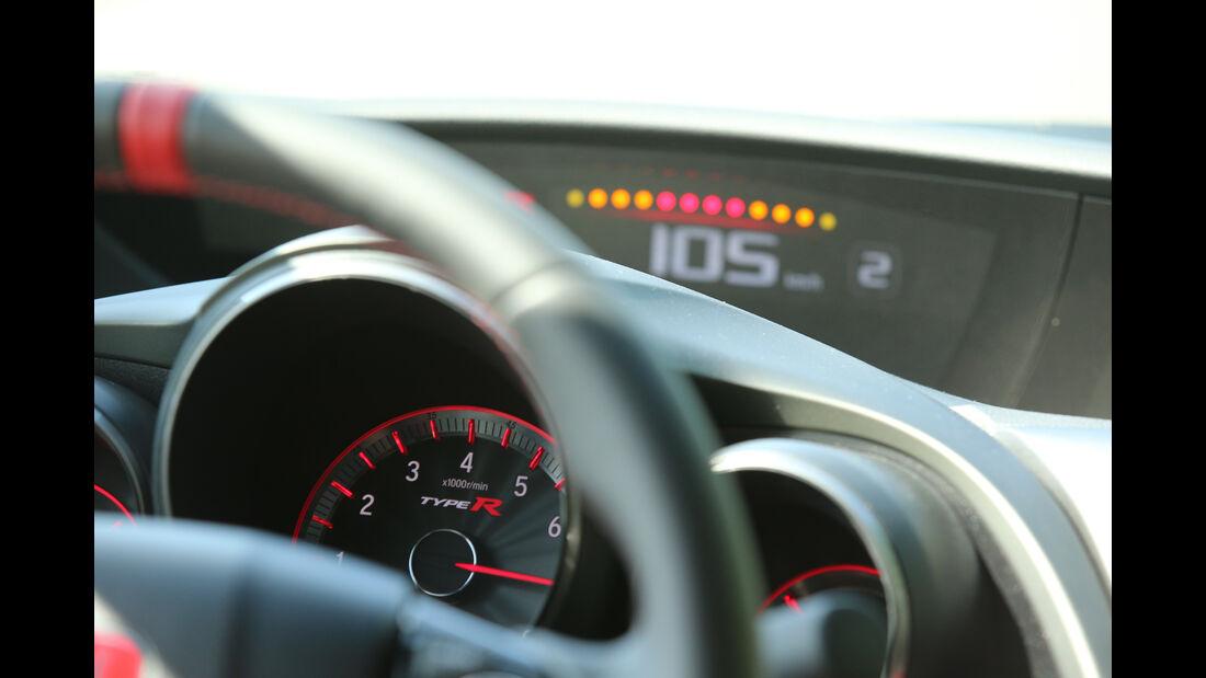 Honda Civic Type R, Rundinstrumente