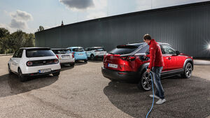 Honda E Advance, Mazda MX-30, Mini Cooper S E Trim L, Peugeot e-2008 Allure, Renault Zoe R135 50 Intens, Exterieur