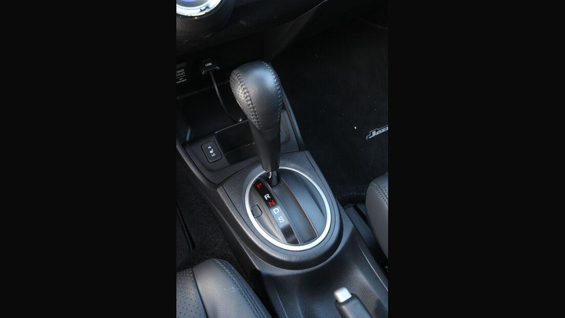 Honda Jazz 1.3 DSi i-VTEC IMA Exclusive, Schalthebel, Schaltknauf
