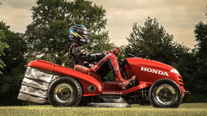 Honda Mean Mower Rasenmähertraktor