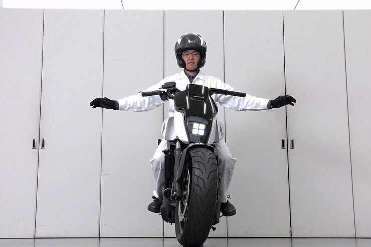 Honda Moto Riding Assist
