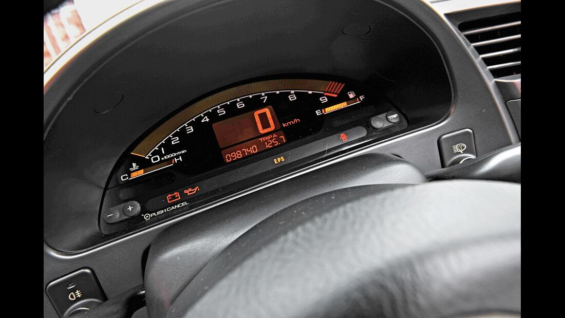 Honda S2000, Anzeigeinstrumente