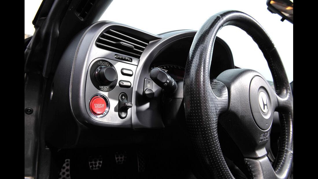 Honda S2000, Lenkrad, Bedienelemente