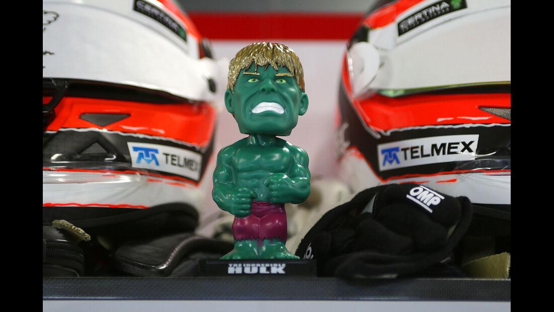 "Hülkenberg ""Hulk-Figur"" - GP Japan 2013"