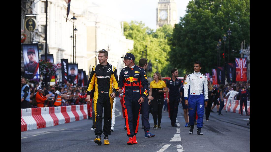Hülkenberg, Verstappen & Wehrlein - F1 Live Show - London - 2017