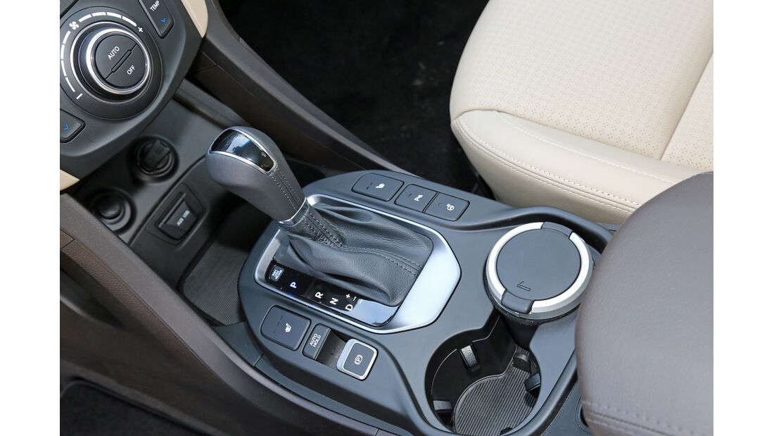 Hyundai Grand Santa Fe 2.2 CRDi 4WD, Schalthebel