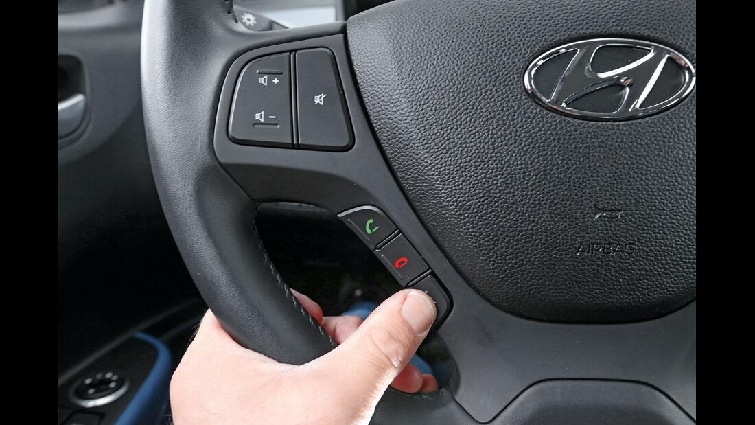Hyundai I10 Blue 1.0, Lenkrad, Bedienelemente