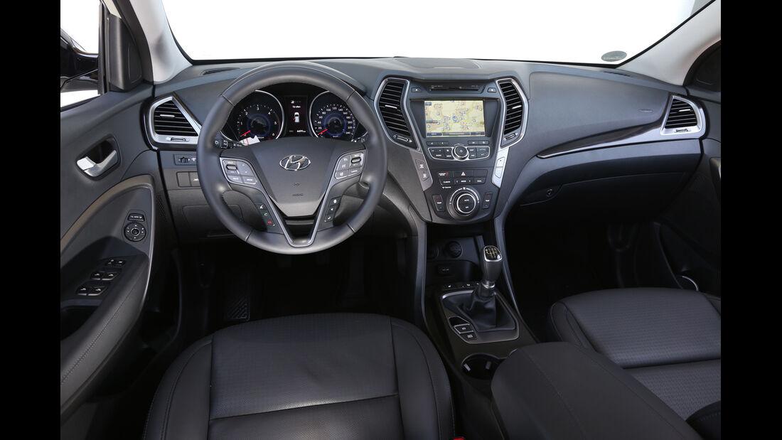 Hyundai Santa Fe 2.0 CRDi 2WD, Cockpit, Lenkrad