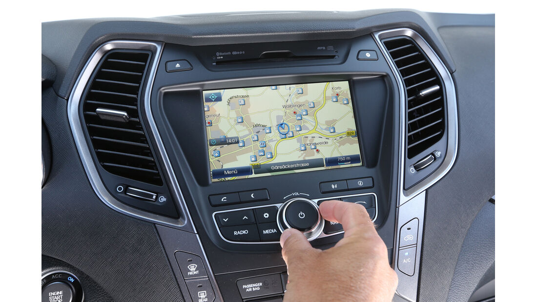 Hyundai Santa Fe 2.0 CRDi 2WD, Navi, Mittelkonsole