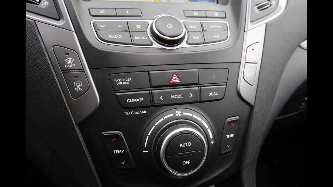 Hyundai Santa Fe 2.2 CR Di 4WD, Mittelkonsole