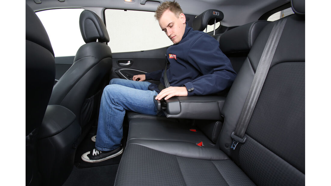 Hyundai Santa Fe 2.2 CR Di 4WD, Rücksitz, Armlehne