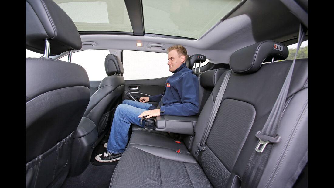 Hyundai Santa Fe 2.2 CR Di 4WD, Rücksitz, Beinfreiheit